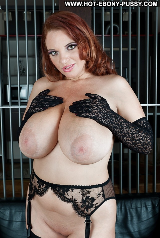 Felecia Private Pictures Gloves Stockings Big Boobs Brunette