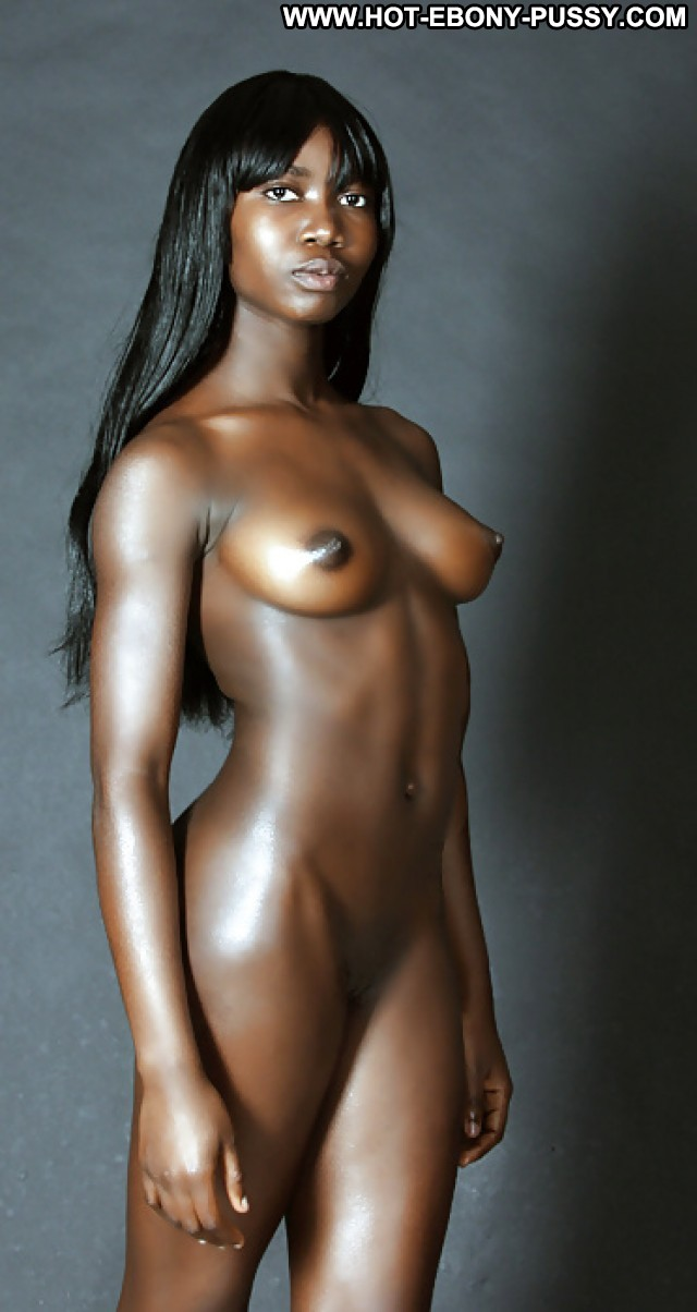 nude bottomless female model
