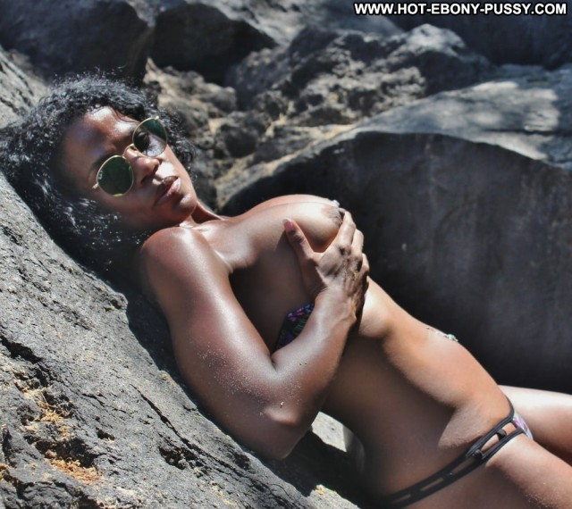 Sade Porn Hot Beach Stolen Private Pics Ebony